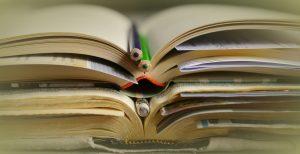 books-2158773_1280