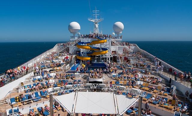 cruise-1236642_640