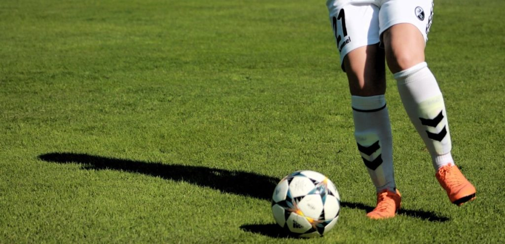 womens-football-3682353_1920